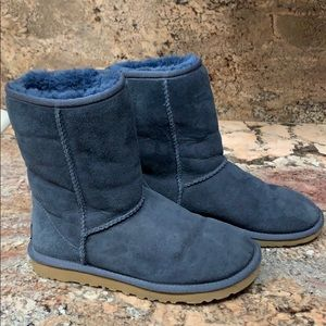Ugg Classic Short Boot - Women's Size 5 - Blue